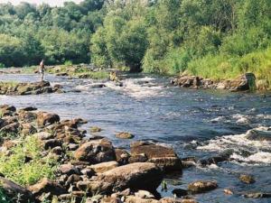 Перекат на реке Ловать
